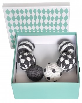 Littlephant_Pramnecklace_Giftbox1-281x350